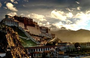 A2拉萨、林芝、雅鲁藏布大峡谷、羊湖、纳木错双卧十二日游