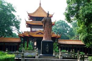 【湖北】屈原祠柴埠溪九凤谷三峡人家双动4日游